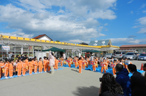 みなと保育園の子供たちによる鼓笛隊